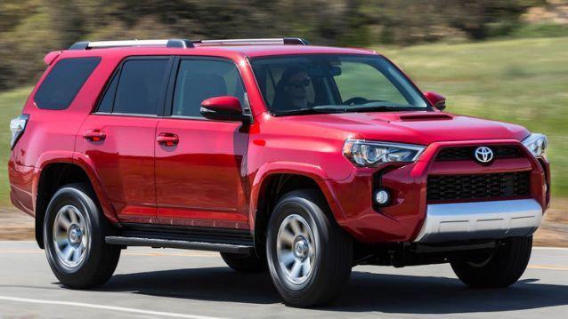 Toyota ruft mehr als 900.000 Fahrzeuge zurück, um ihre Airbags erneut zu ersetzen   – Recalls