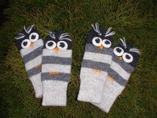 Anucraft: Knitted owl mitts
