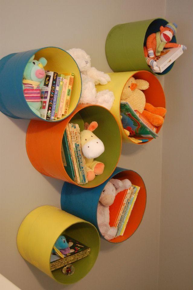 #kidsroom heerlijk vrolijk gekleurd. #muurdecoratie #kinderkamer. #diy