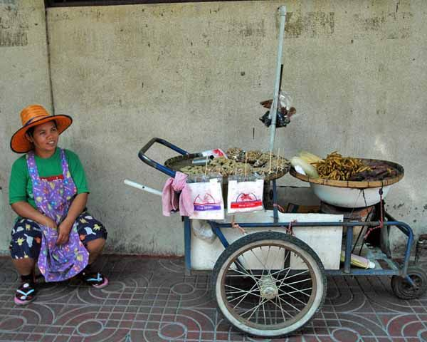 Why You Shouldn't Be a Street-Food Snob in Bangkok