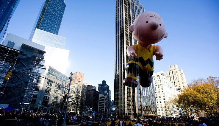El globo Charlie Brown de la serie Peanuts
