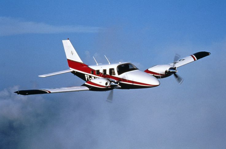 piper aircraft | Piper PA34 Seneca history, performance and specifications