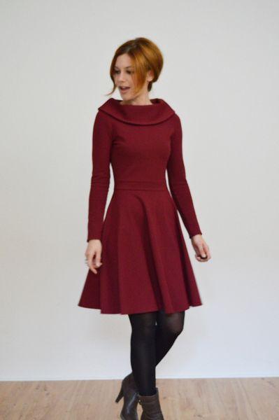 """""""Lucky in Love"""" Winterkleid aus Jersey in bordeaux von Vampire Vintage - Unique Vintage & Handmade auf DaWanda.com"""