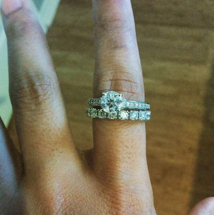#rockfinejewels #gemologist #customjewellery #finediamondjewellery #finejewellery #designjewelry #ilovediamonds #ilovejewellery #jewelleryaddict #torontowedding #torontojewellers #torontojewelry #weddingjewellery #weddingjewelry #pushgift #sayido #customdesign #expertjeweler #passionforjewellery #weddingband