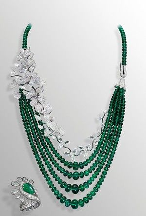 David Morris one-of-a-kind Wildflower necklace, with almost 300ct of faceted emeralds from the Maharajas and 50ct of white diamonds set in delicate flowers.