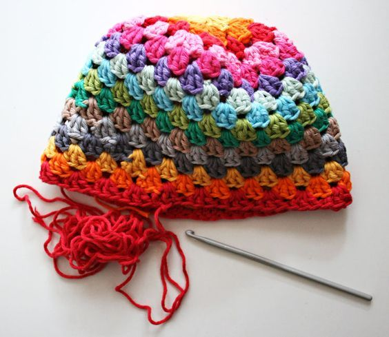 Rainbow Beanie Granny Square Hat free crochet pattern and tutorial
