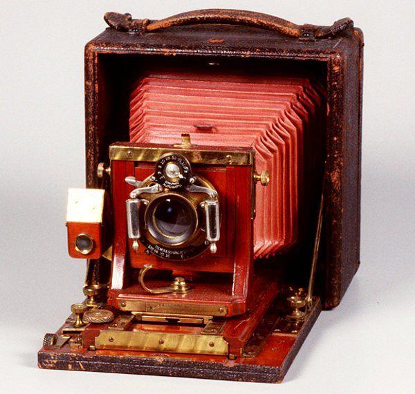 Câmeras fotográficas antigas 1880-1900