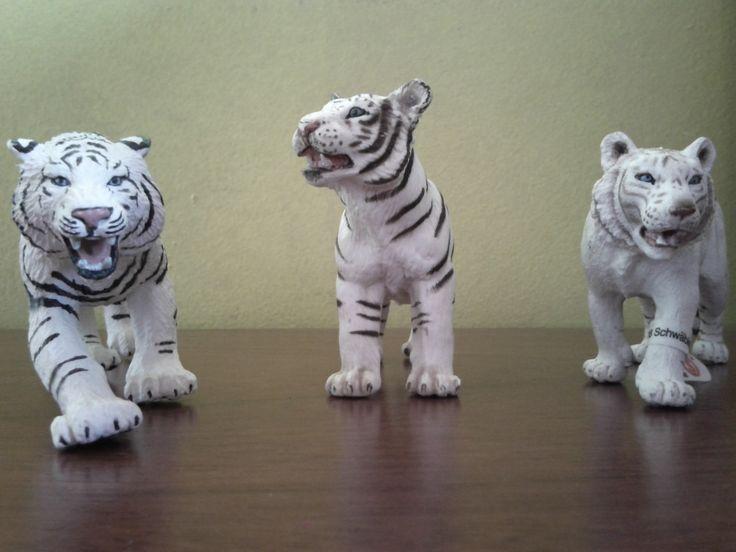Mi pequeña colección de Tigre Blanco Schleich y otros.