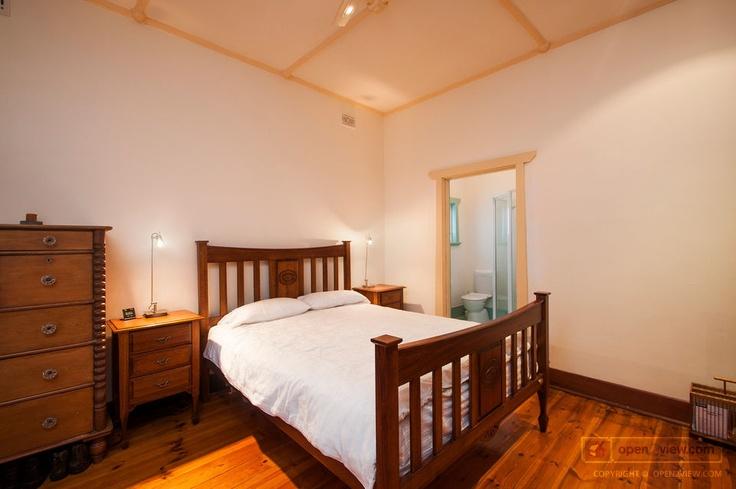 Parkholmes main bedroom