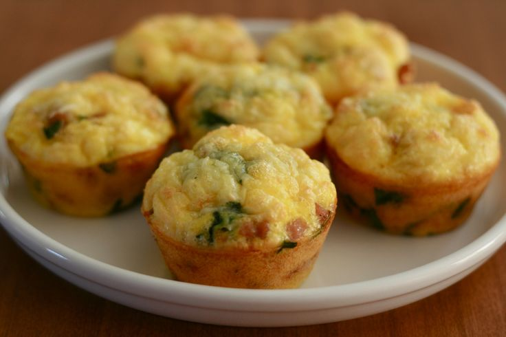 Eiermuffins met spinazie en kalkoengehakt (lunch) C1