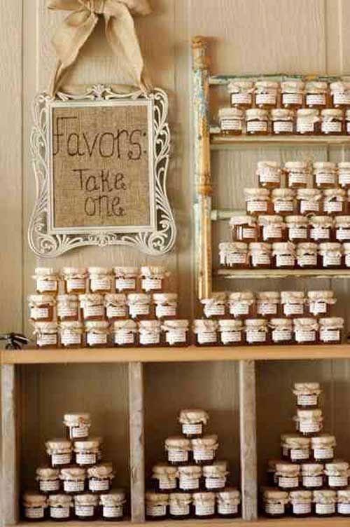 Idea per tableau de mariage nozze green barattoli confettura e  miele per gli ospiti