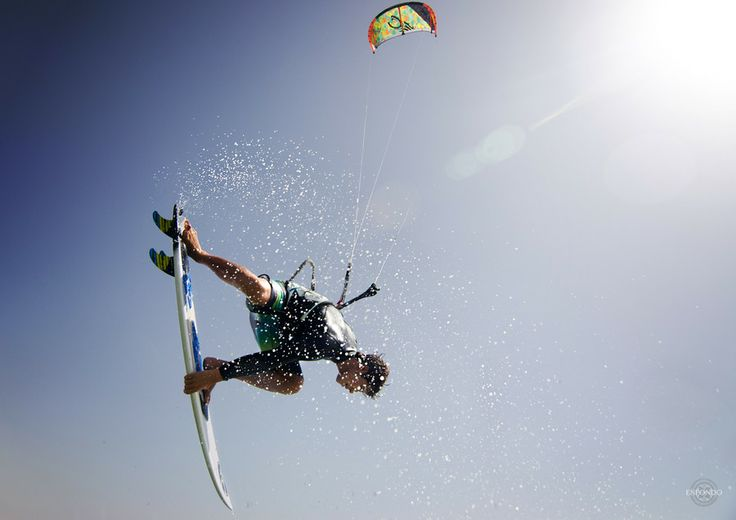 kite (Keahi De Aboitiz)  kitesurfing, waves,ocean