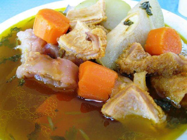 El Salvador Food Photo Gallery: El Salvador Food: Sopa de Pata