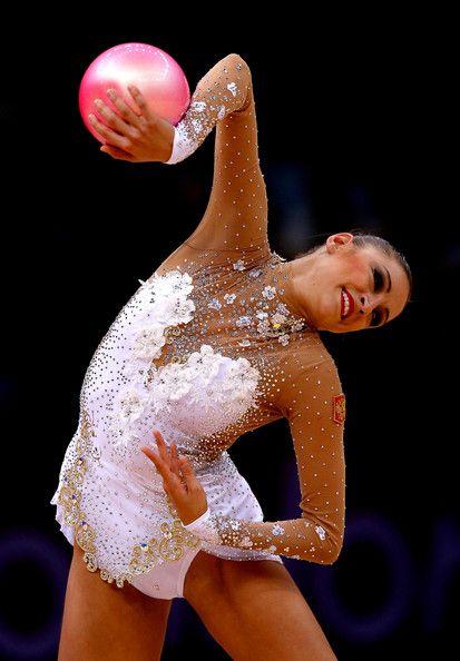 Evgeniya Kanaeva Pictures - Olympics Day 15 - Gymnastics - Rhythmic - Zimbio