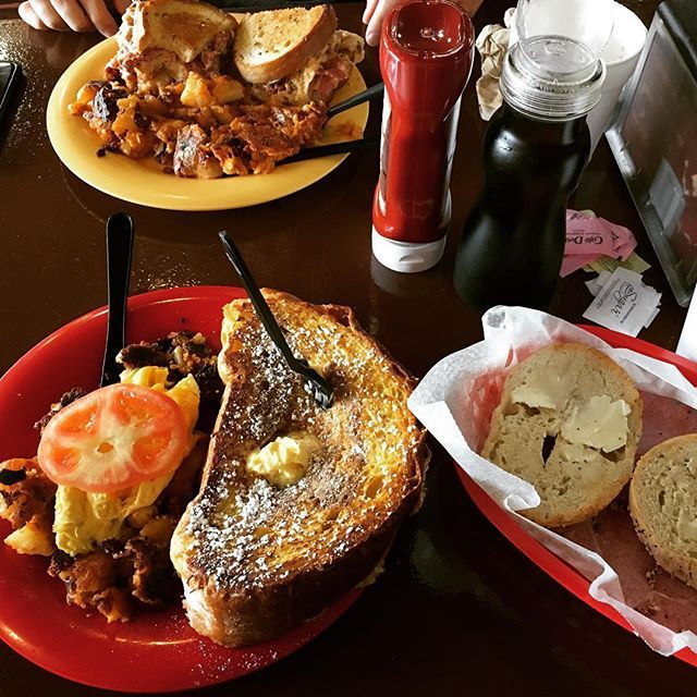 """<b><a href=""""http://bagelking.net/"""">Bagel King </a></b> <br><i>1230 S. Lakemont Ave., (321) 972-4267 </i> <br>Other than 20 different types of bagels, Bagel King sells pastries and has a breakfast and lunch menu. If going for breakfast, try the princess desirae or go basic with the pumpkin spice cream cheese on a toasted bagel. <br> <br>Photo via srqsweetie/Instagram"""