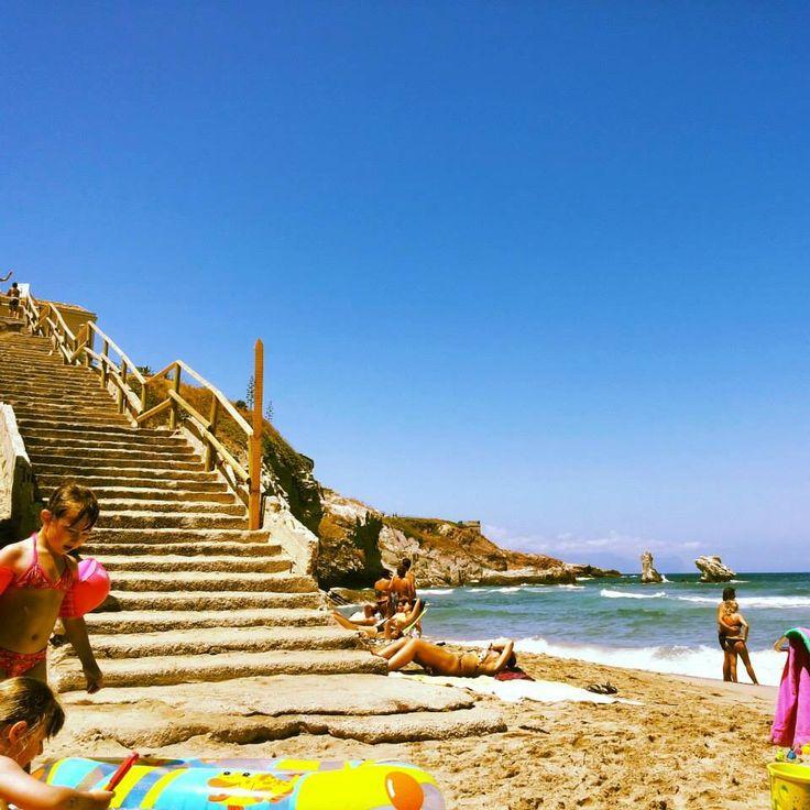 Scalinata spiaggia Praiola di Terrasini, Sicilia