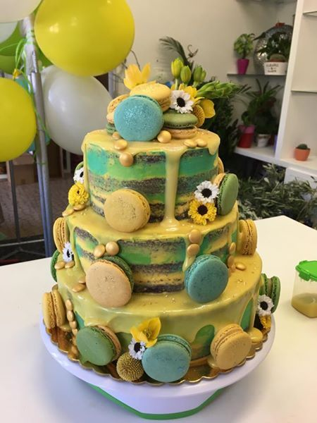 yellow and green drip chocolate cake for child's beach birthday party :-)
