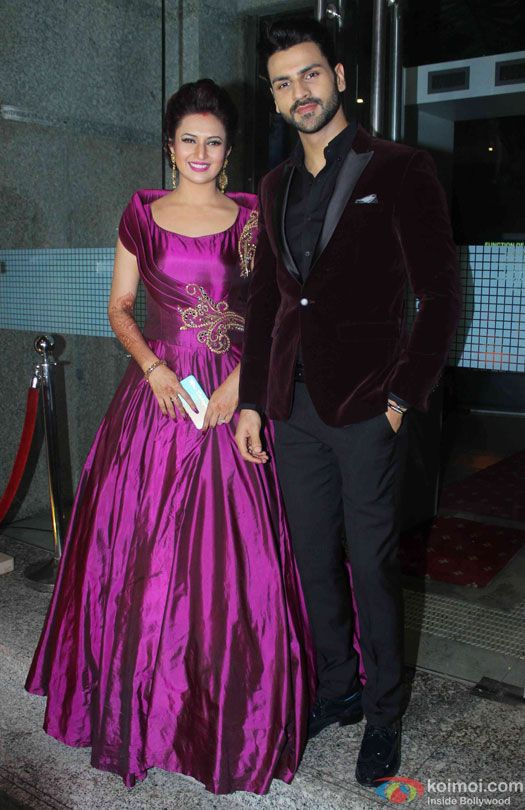 Pics: Divyanka Tripathi-Vivek Dahiyas Wedding Reception In Mumbai