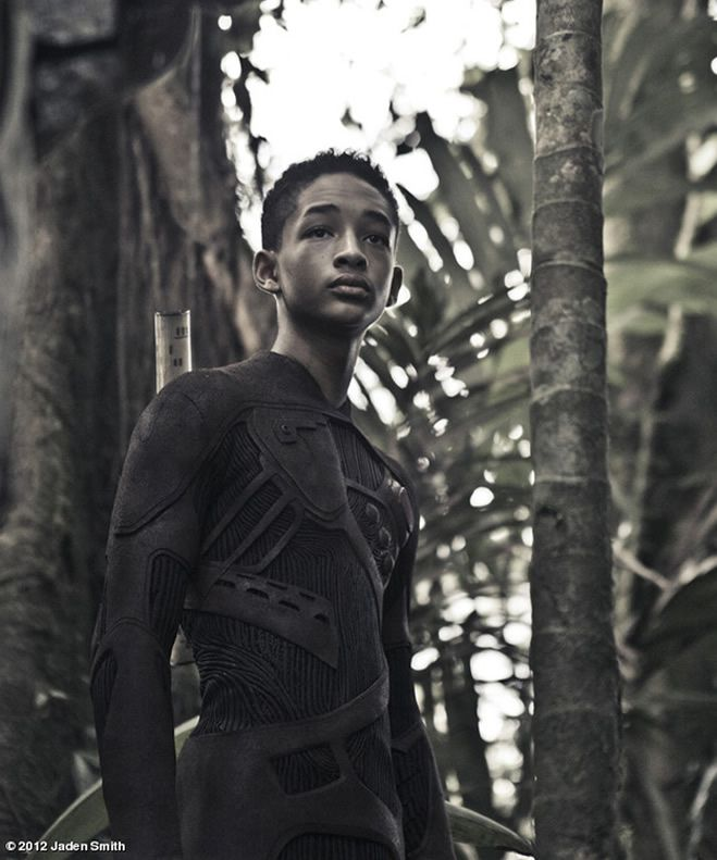 After Earth M. Night Shyamalan: The first trailer with Jaden Smith