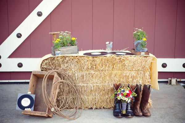 Country Wedding Welcome Table Made of Hay Stacks