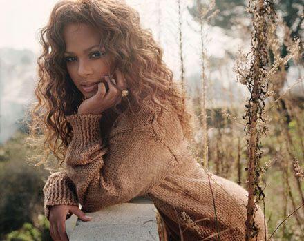 Christina Milian #knit #style #curls