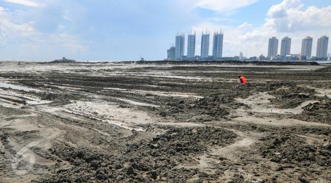 """IMM: Melanjutkan reklamasi teluk Jakarta merupakan pengkhianatan konstitusi  JAKARTA (Arrahmah.com) - Sekretaris Dewan Pimpinan Pusat Ikatan Mahasiswa Muhammadiyah (DPP IMM) Fitrah Bukhari.menyikapi serius kebijakan melanjutkan reklamasi Pantai Utara Jakarta. Menuut IMM penyataan Menko Kemaritiman dan Sumber Daya Mineral perihal keberlanjutan reklamasi teluk Jakarta merupakan penghianatan konstitusional.  """"Reklamasi merupakan proyek mercusuar guna menguntungkan pengembang yang selama ini…"""