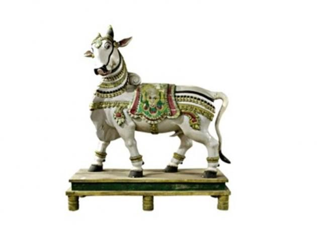 This particular vahana represents Nandi, the divine mount of Shiva. The sacred bull is not only the deity's devoted companion but also the leader of Shiva's army and the gatekeeper of his celestial abode. As befitting his role, Nandi is depicted striding forward. #karnataka, #19thCentury