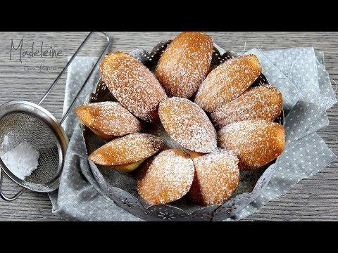 Madeleine cu unt si lamaie, reteta prajituri frantuzesti pufoase coapte in forma de madlene. Reteta video preparare madeleine.