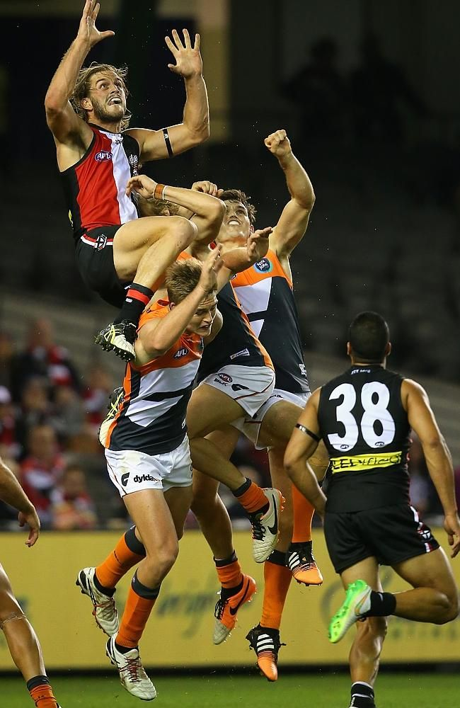 2015 AFL season: GWS Giants defeat St Kilda by 9 points at Etihad Stadium in ... AFL  #AFL