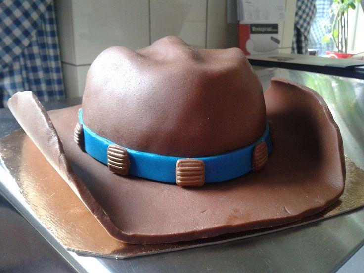 cowboyhoed taart voor Gerrit (never give up)