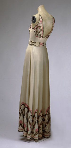 1930's French Dress, in the Met.