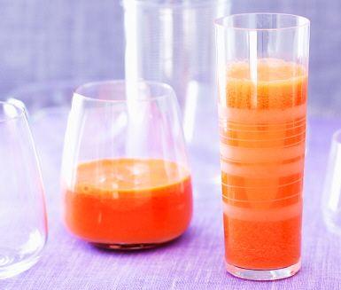 Juice på sötpotatis? Det går faktiskt! Den här sötpotatisjuicen får sin syrlighet från clementiner och hetta från chili.