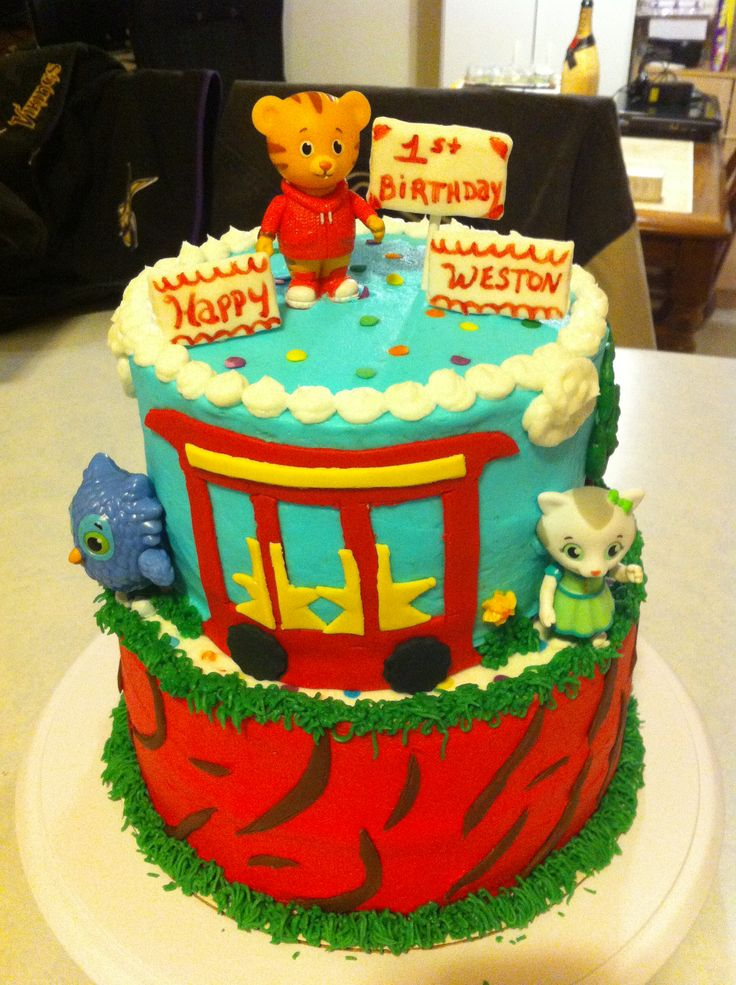 Daniel Tiger Cake My Dessert Creations Pinterest