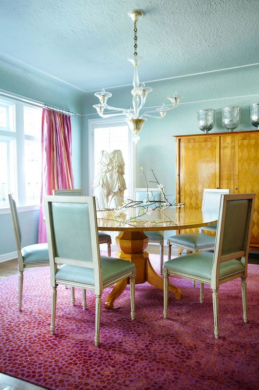 Pastel blue dining room from pastels and watercolors for Pastel dining room ideas