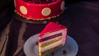 Торт-мусс с клюквой и пралине - рецепт - как приготовить - ингредиенты, состав, время приготовления - Леди Mail.Ru