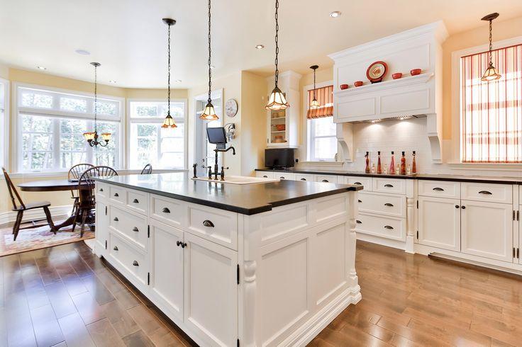 #golf #property #propriété #Laurentides #realestate #cuisine #kitchen