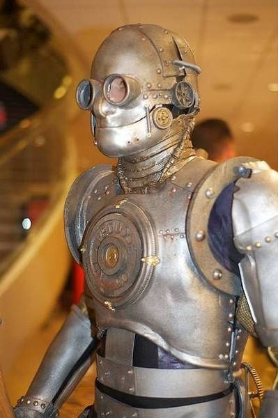 Tin Man costume inspiration.. looks like a hybrid of the borg meets steampunk.. great bolts and metal look! #tinmancostume #tinman #steampunk