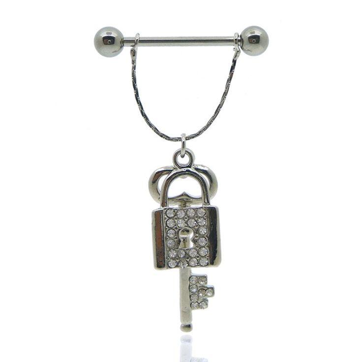 Piercing téton clé et cadenas en acier et argent pour homme ou femme.