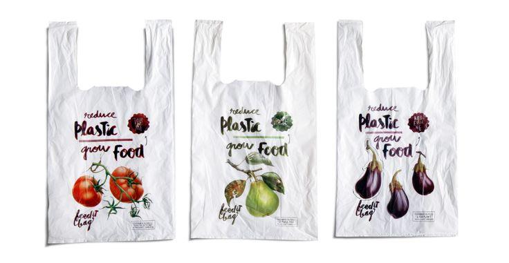 Ce centre commercial a imaginé des sacs plastiques biodégradables quicontiennent des graines afin de les planter sous terre. Objectif : cultiver voslégumes… Fallait oser ! Savez-vous combien de sacs plastiques sont distribués chaque année en France ? Plus de 5 milliardsavec les caisses des supermarchés et plus de 17 milliards pour l'ensemble des secteurs ! …