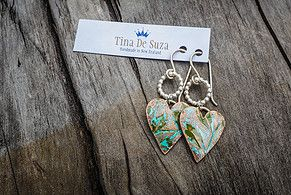 Tina De Suza: New Zealand Silversmith making beautiful sterling silver jewellery in New Zealand. Accented with semi precious stones, copper and resin.