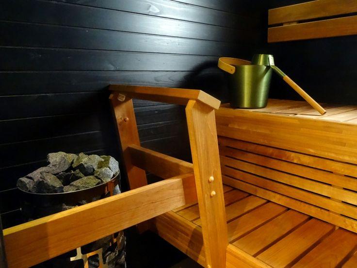 Finnish sauna, studio Valkeakuulas (Apple).