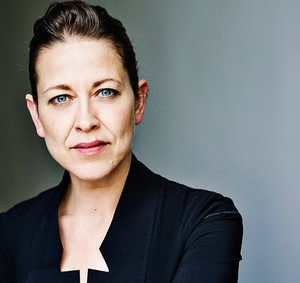 Head shot of actor Nicola Walker