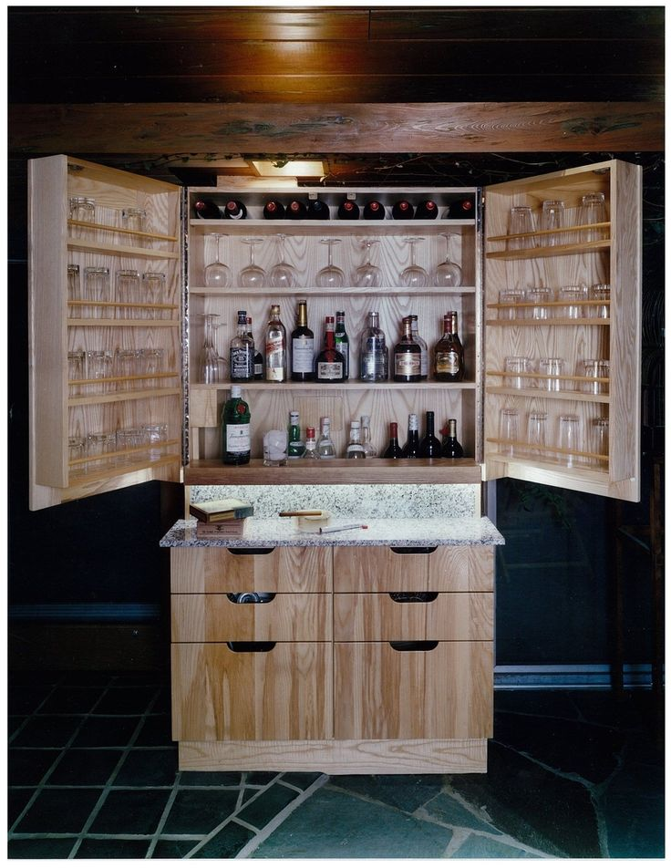 Build Liquor Cabinet Plans - WoodWorking Projects & Plans