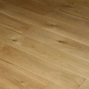 Colours Rondo Solid Oak Flooring 1.08m² Pack | Rooms | DIY at B&Q