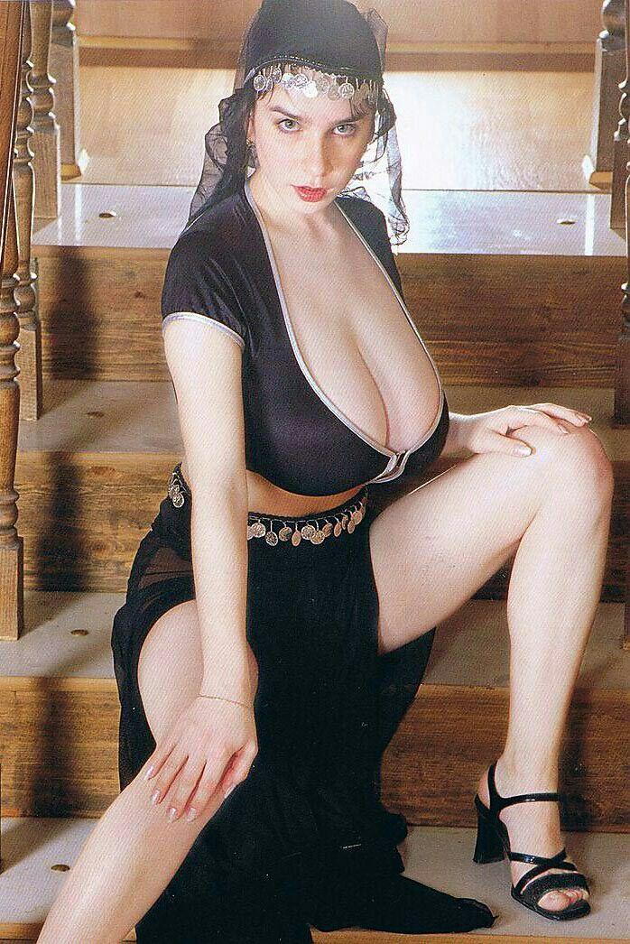 Yulia Nova Belly Dancer 1