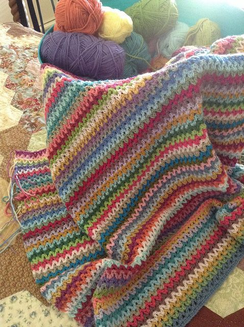 V-Stitch Blanket by angelala242, via Flickr
