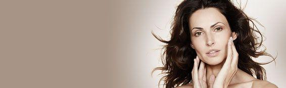 De producten van Stylage verbeteren de conditie van de huid, vervagen rimpels, vullen lijntjes op en geven de lippen meer volume. Stylage is een hyaluronzuurgel met een uitzonderlijke elasticiteit, waarmee een heel natuurlijk effect kan worden behaald. Rimpelvulling en een gladder huidoppervlak, met een natuurlijk effect!