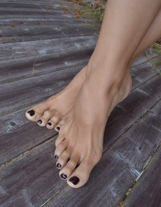 29 Best Mature Feet Images On Pinterest