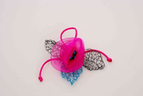 Organza Flower Brooch. Fuchsia rose brooch. by MeandMamaCreations, €10.00