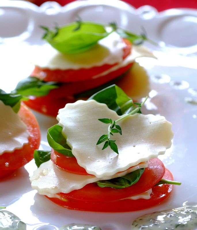 Mini Caprese Salads: a perfect light snack for a sunny South African Christmas feast!